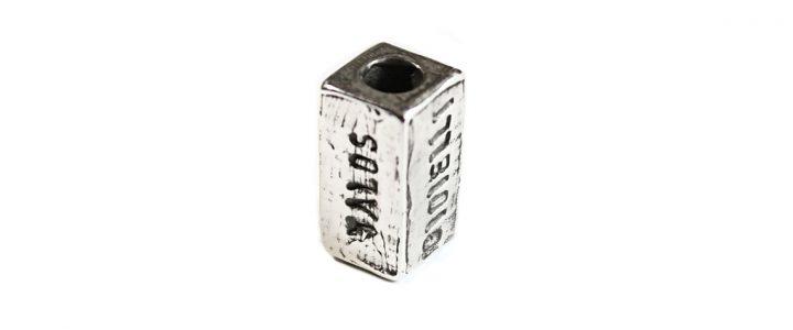 Ciondolo Mattoncino TALOS con scritte personalizzabili, in argento invecchiato